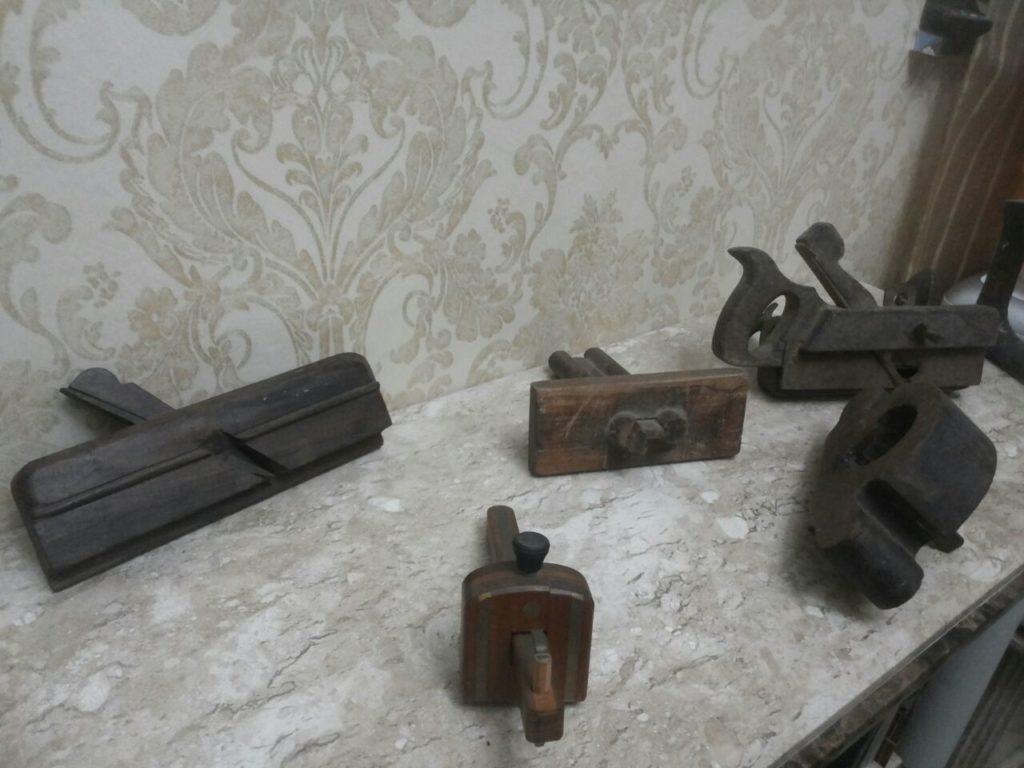 Atelier Kamroyan - Ferramentas Antigas